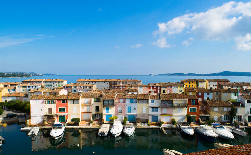 Port Grimaud canal houses